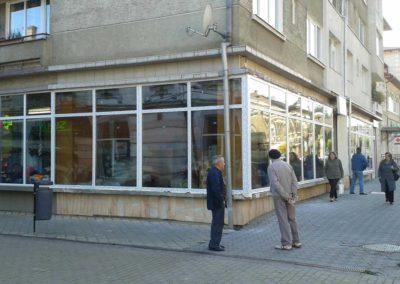 Inlocuire termopane vitrina magazin in Vatra Dornei