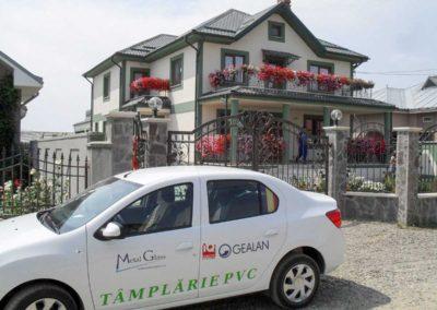 Instalare usi PVC Gealan cu geam termopan in Suceava
